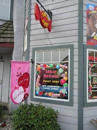 Lolly Gobble Sweet Shop: Store front