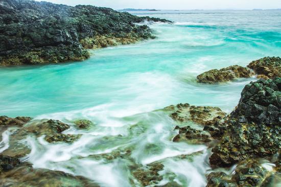 Isla Bolanos: Turquoise waters