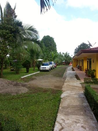 Hotel Lavas del Arenal: A lo lejos