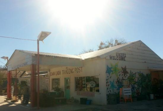 Lampasas, TX: Down Unda Trading Post Serves Homemade Goodies!