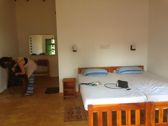Summer Lodge Tangalle: Our room