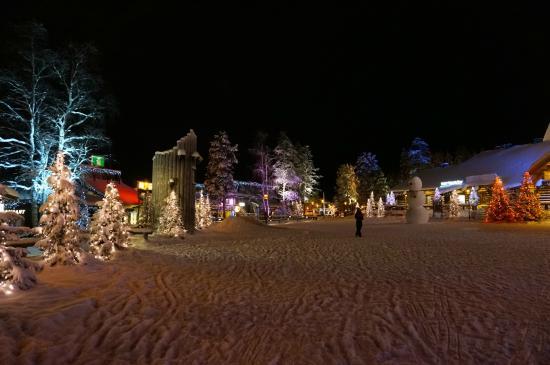 Santa Claus Village: The village main square