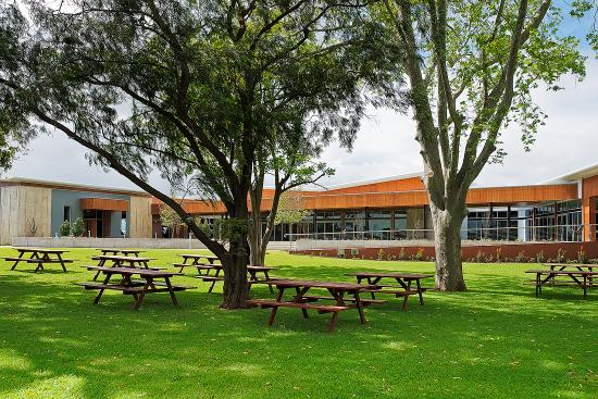 Caversham, Australië: Mandoon Estate Beer Garden