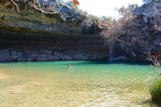 Hamilton Pool Preserve: Crystal clear waters!