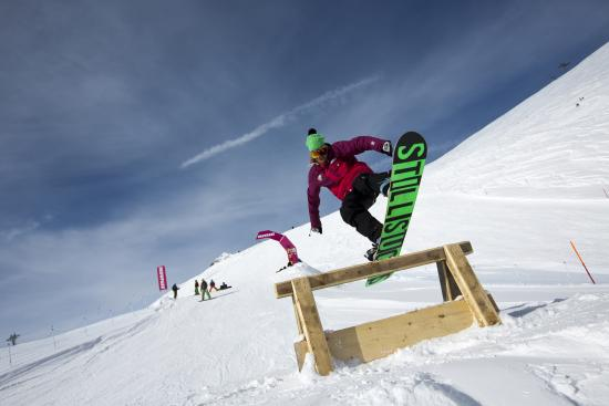 Murren, İsviçre: SKYLINE SNOWPARK - Mürren