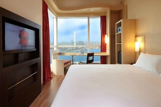 Ibis Hong Kong Central & Sheung Wan Hotel: Harbour View Room