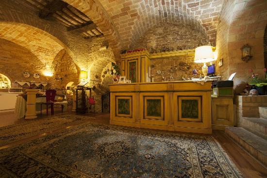 La Luma Hotel : Reception Palazzo del 1400
