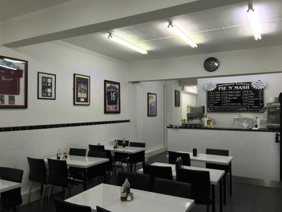 Stokemoores Pie and Mash, Hornchurch - Restaurant Reviews, Phone Number & Photos - TripAdvisor