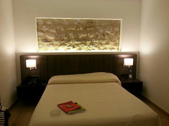 Hotel Mas Pere Pau: Habitación.