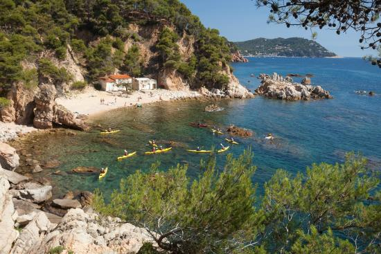 ‪Kayaking Costa Brava‬