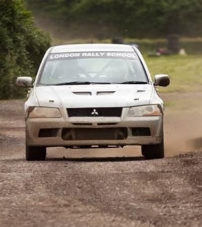 London Rally School : Mitsubishi evo rally