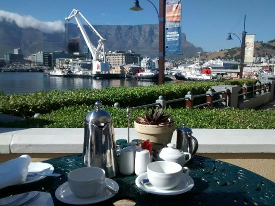 Morning Breakfast Photo De The Table Bay Hotel Le Cap Tripadvisor