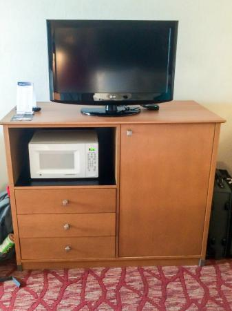 Holiday Inn Express Grants Pass: Flat Panel, Microwave & Mini-fridge