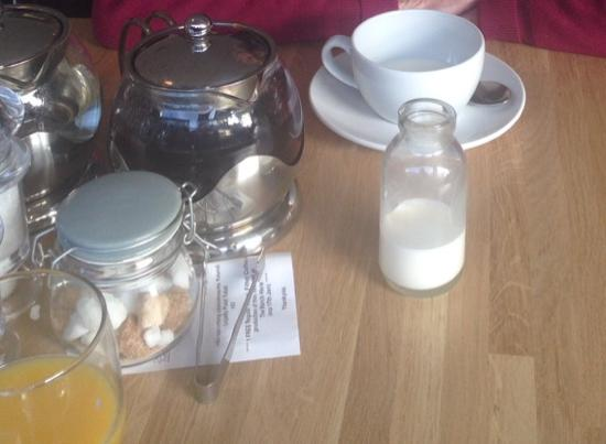 March Hare Kitchen & Deli: Milk Bottle!