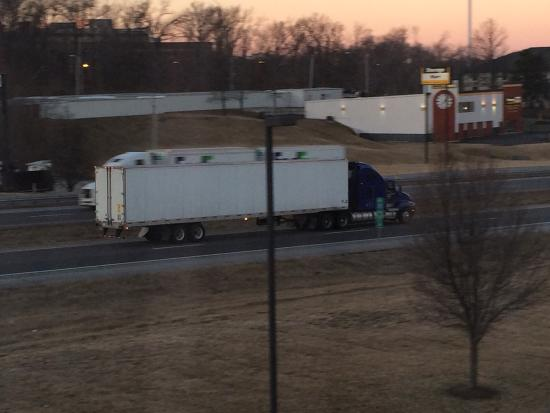 Residence Inn Columbia : Noisy I-70 just feet from your window
