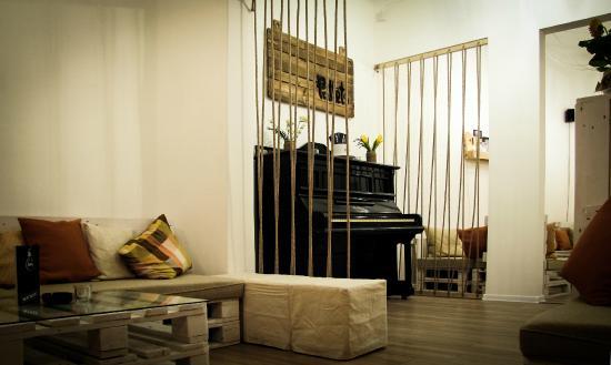 Pallets Concept Bar