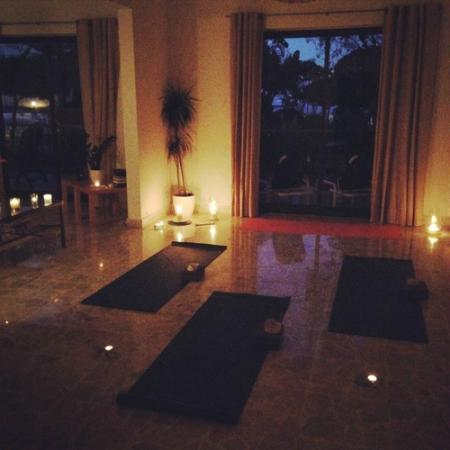 LahLah Yoga