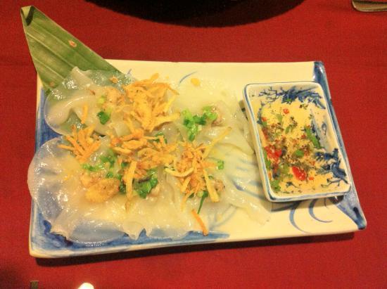 Moon Restaurant & Lounge: White Rose