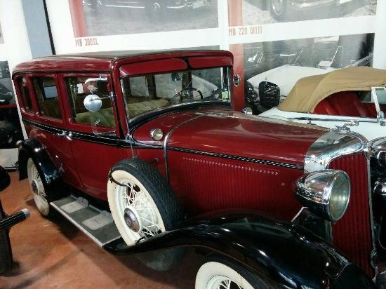 Музей Ретро Автомобилей: Крайслер, 30-е годы