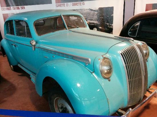 Музей Ретро Автомобилей: Опель, 30-е годы