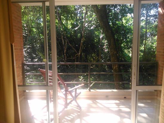 Sol Cataratas Hotel: Vista al exterior desde la habitación