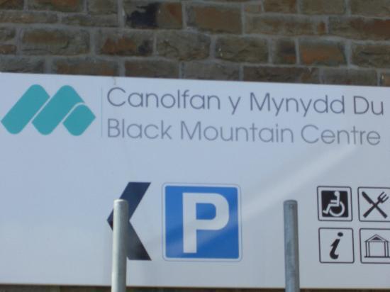 Brynaman, UK: Parking available