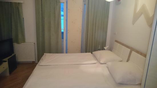 Hotel Hayat : room