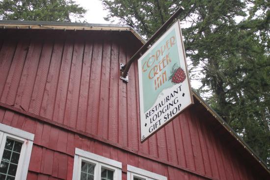 Copper Creek Inn Restaurant: entrance to restaurant