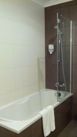Reikartz Dnеpropetrovsk Hotel: Ванна+душ