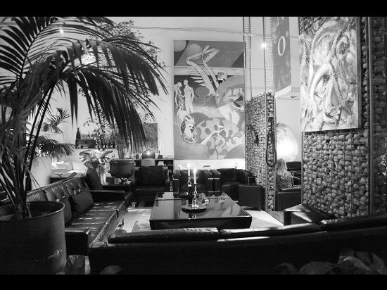 Milano Cafe : The Privèè