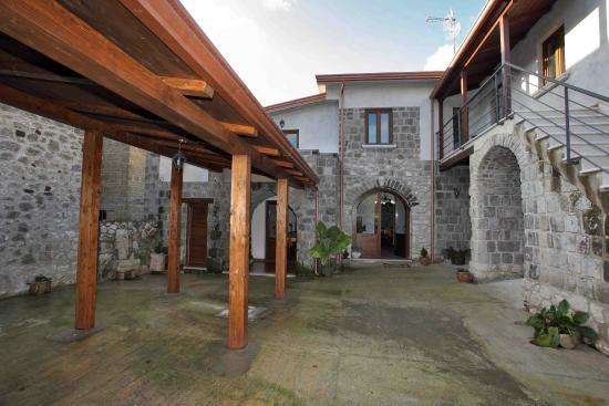 Borgo degli Amici