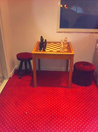 Restaurant l'Epicurien: jeu d'échec au salon