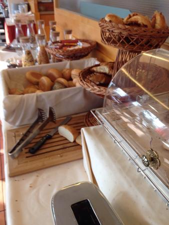 Dolce Bad Nauheim : Brötchen und Brot
