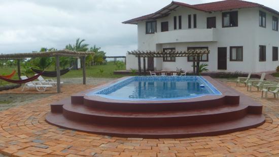 La Playa Lodge: Piscina