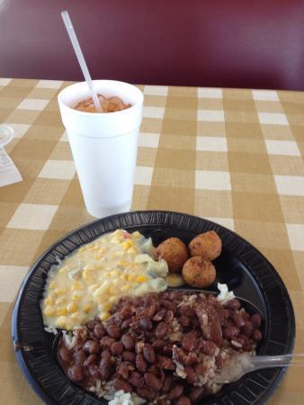 Culpepper's Cajun Kitchen: Red beans & rice plate w/ sweet tea