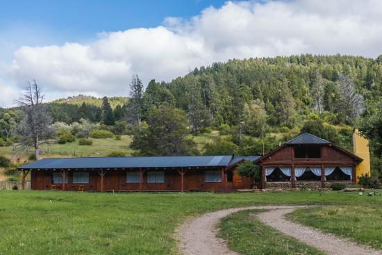 Valle del Carrileufu Hotel de Campo