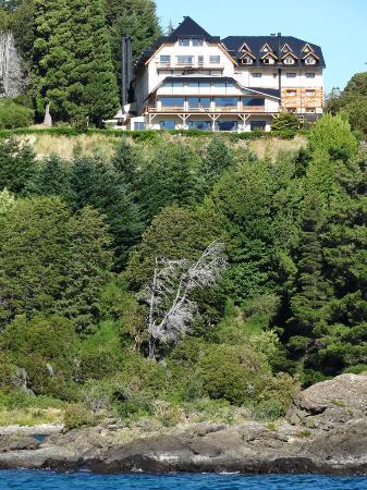 Hotel Amancay: Vista del Amancay desde el Modesta Victoria