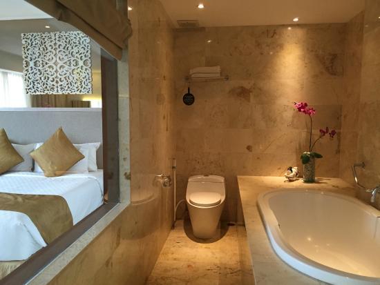 Großes Bad großes bad mit picture of kuta hotel kuta tripadvisor