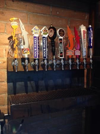 The Red Onion and RO Bar: Great selection of craft beers
