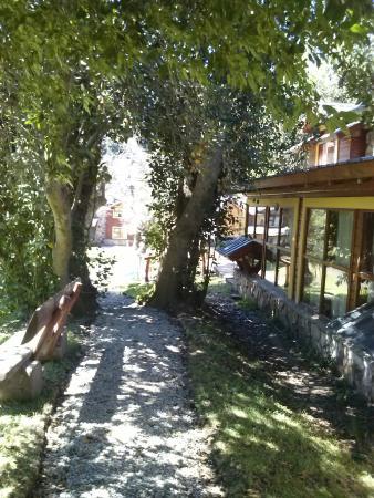 Cabañas Portal del Manzano: Hermoso parque