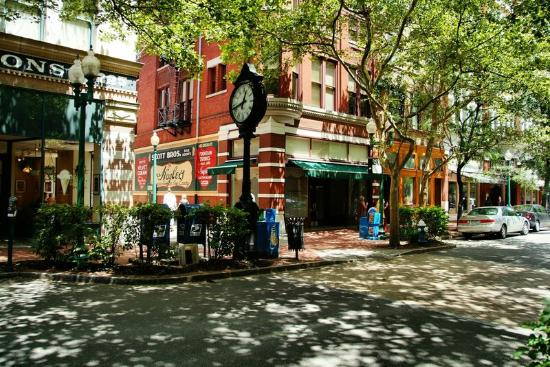 Charleston Restaurants