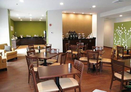 saint clairsville chat rooms Candlewood suites st clairsville meeting rooms meeting room rentals at candlewood suites st clairsville offer several amenities, equipment and convenience.