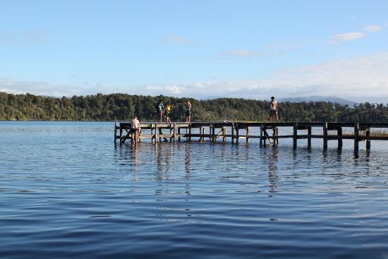 DOC Lake Mahinapua Campsite