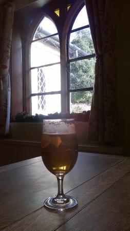 The welcoming Royal Oak.