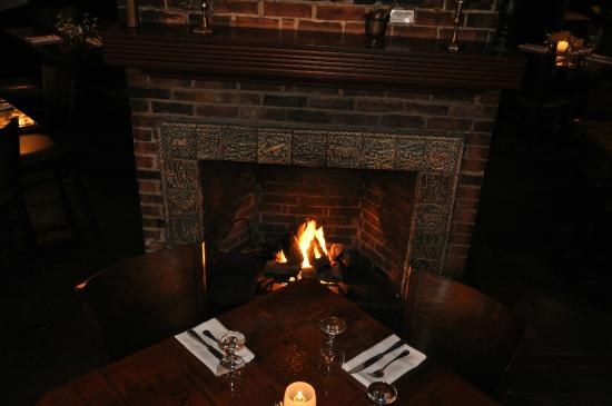 Tavern on Main: Fireside Dining