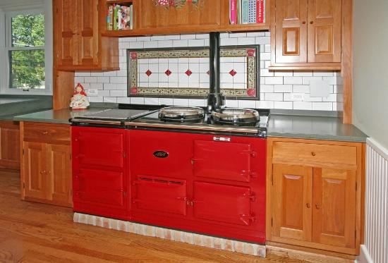 Barrington House Bed & Breakfast: Breakfast is prepared on our Aga cooker