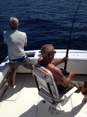 Martin Verdugo's Beach Resort: Fish on...I mean FISHES ON....