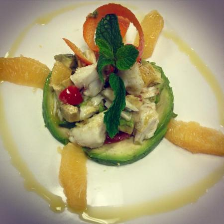 Crabmeat Tartare with Avocado