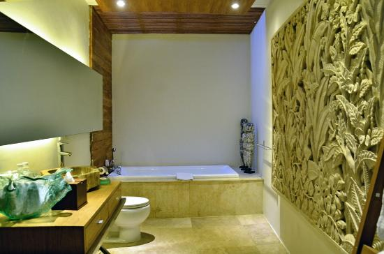 Kei Villas: Comfort Batharoom