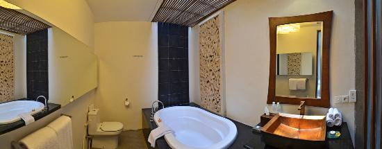 Kei Villas: Comfort Bathroom